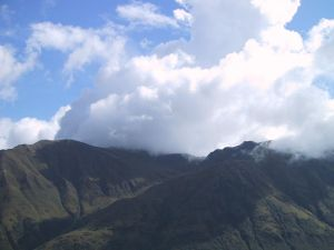 clouds-floating-over-a-mountain